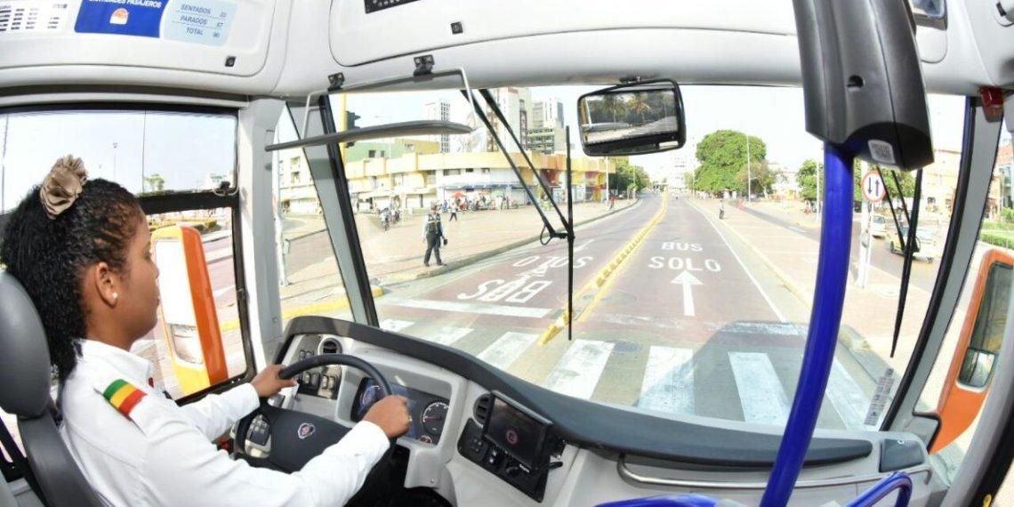 Transcaribe comienza a transitar por la Avenida El Consulado de Cartagena.