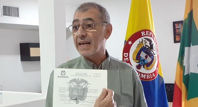 Piden investigar al alcalde electo de Cartagena William Dau Chamatt.