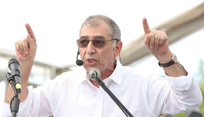 Alcalde de Cartagena William Dau Chamatt asegura que llegó a servir y no a robar.