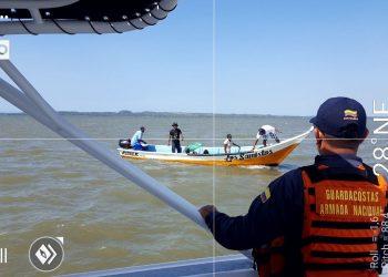 Ubican lancha a la deriva con seis personas a bordo cerca de Cartagena