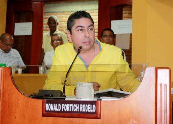 Ordenan devolver curul al concejal Ronald Fortich Rodelo