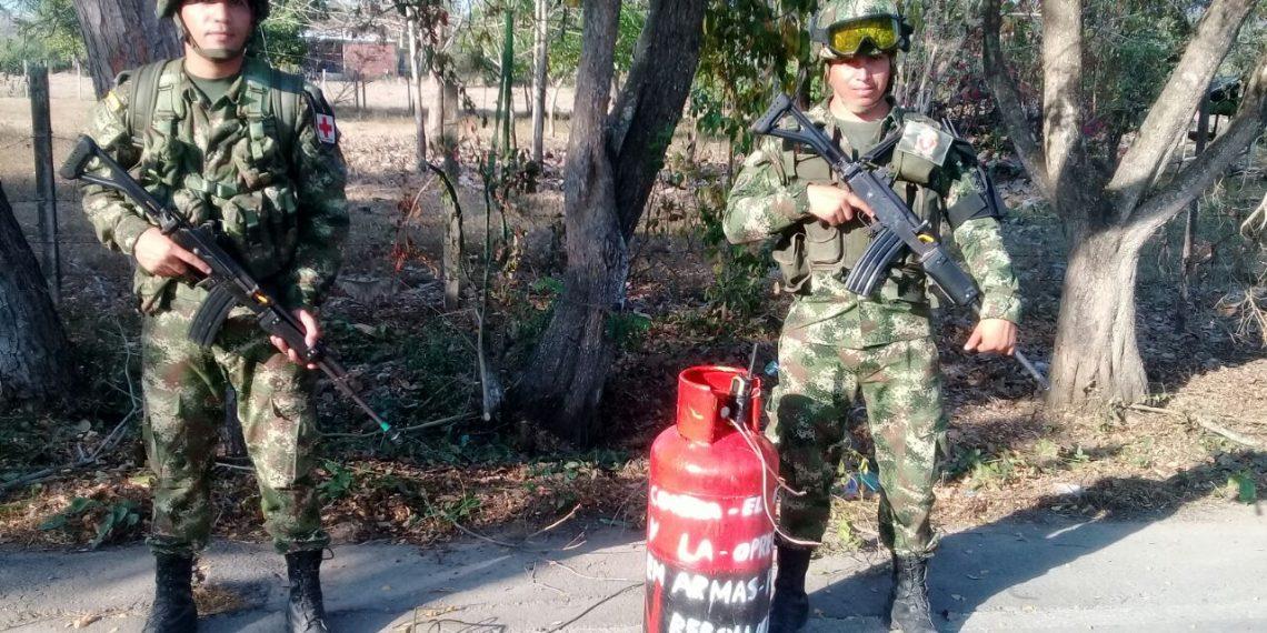 El ELN abandona cilidro de gas en una vía de sur de Bolívar