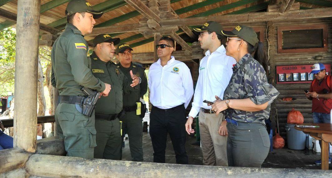 Autoridades ejercen controles en playas y otros puntos turísticos de Cartagena.