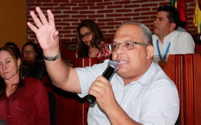 ¿Qué espera el Personero Distrital de Cartagena para renunciar?