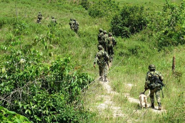 En enfrentamientos con el ELN muere un soldado del Batallón Selva