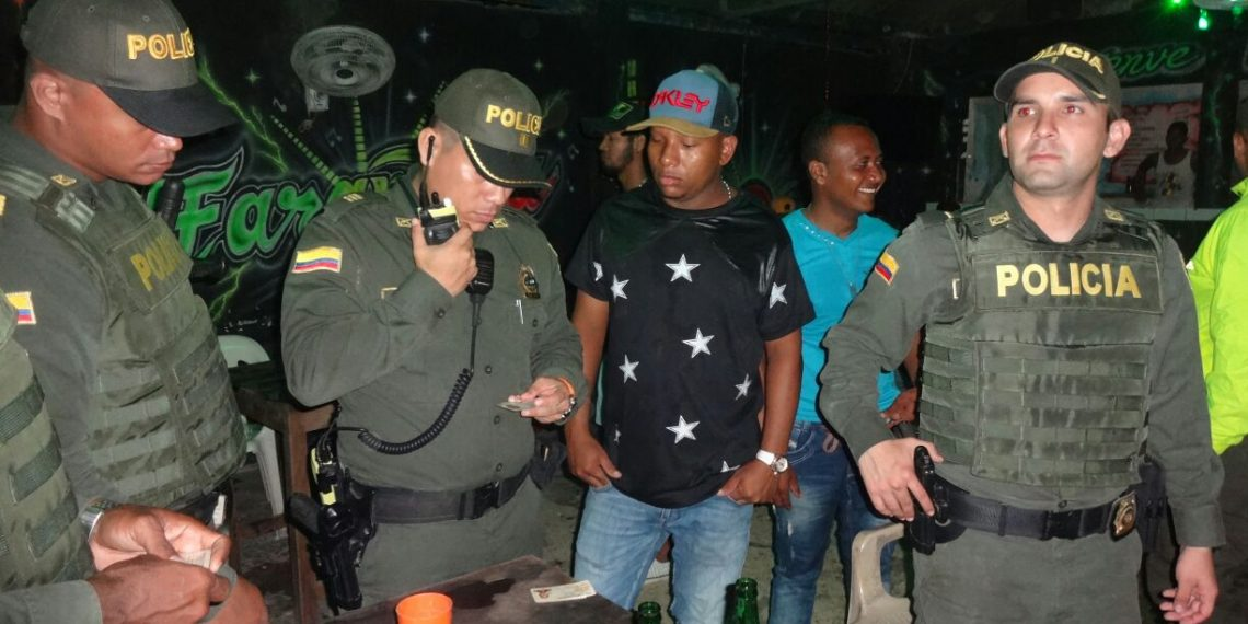 700 comparendos en Bolívar por violar Código de Policía.