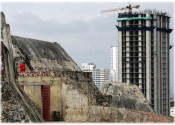No seguir dilatando decisiones sobre edificio Aquarela pide Procuraduría.