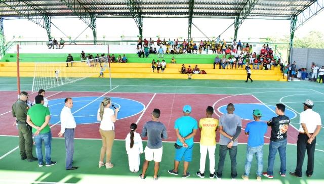 Arjona Bolívar, puso en marcha el primer Centro de Integración Ciudadana.