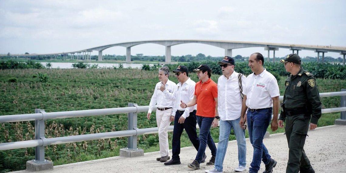 Jalón de orejas a contratistas del Puente Yati-Bodega en Bolívar.