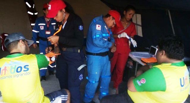 Caída de una placa en el Estadio Jaime Morón de Cartagena deja dos heridos.