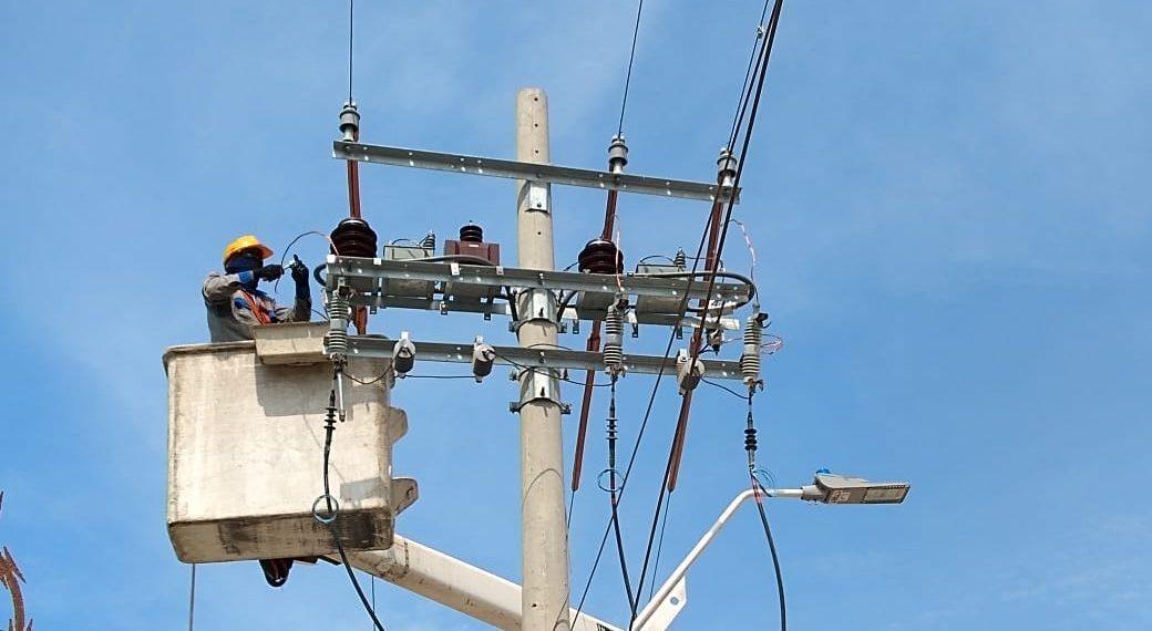 Electricaribe fortalece red de distribución en varios municipios del Caribe.