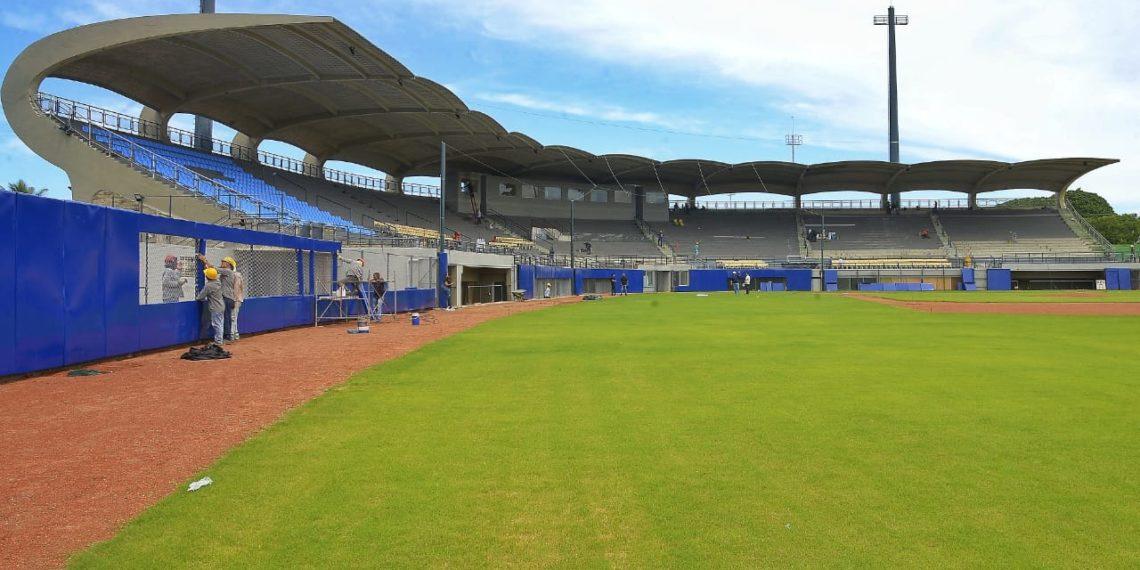 Avanzan obras en el estadio de fútbol de Cartagena, complejo acuático y pista atlética.