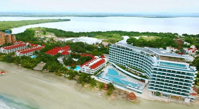 Ordenan al Hotel Las Américas devolver terrenos de bajamar.