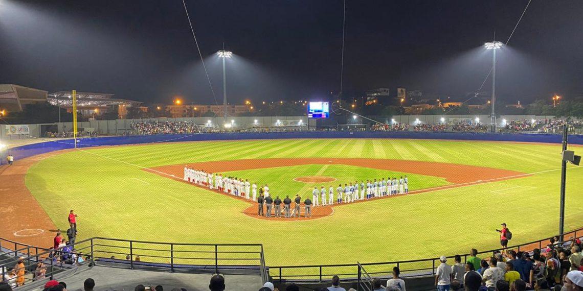 Valle y Antioquia, adelante en la apertura del torneo de béisbol