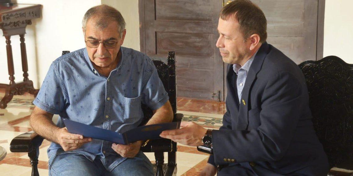 «Vamos a fortalecer el bilingüismo y el intercambio comercial en Cartagena»