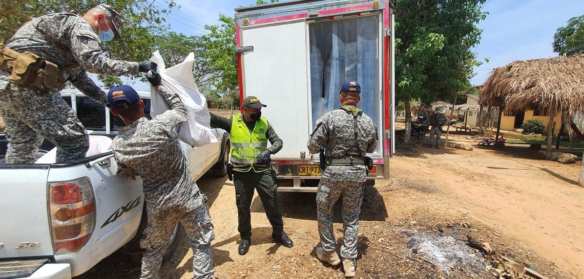 Armada de Colombia entregó seis toneladas  de pollo congelado en Sucre