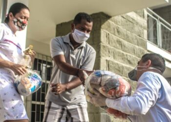 Más de 34 mil ayudas humanitarias se han entregado en la localidad dos de Cartagena