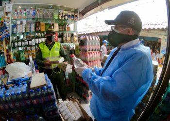 Incautan 8.600 cajas de cigarrillos y 150 litros de licor de contrabando en Bolívar.